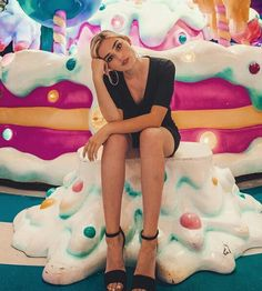 Meg donnelly my life my love style cute you Zombie Disney, Zombie 2, Meg Donnelly, Best Pictures Ever, Chanel Wallpapers, Disney Channel Stars, Olivia Holt, Stranger Things Netflix, Wattpad