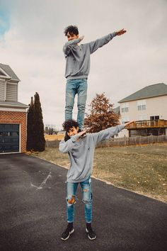 """Dab on the hatter's""  @DobreLucas"