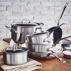 Add an heirloom appeal to your kitchen with Mauviel cookware from Sur La Table. This French copper cookware brand has been hand-crafting for four generations. Best Cooker, Enamel Pan, Stainless Steel Pans, Cool Kitchen Gadgets, Kitchen Supplies, Cookware Set, Made In France, Kitchen Essentials, Bakeware