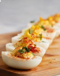 4 deliciosas y entretenidas maneras de clavarte en la cocina y pasar el rato cocinando huevos a la diabla <3 Son más deliciosos de lo que crees!