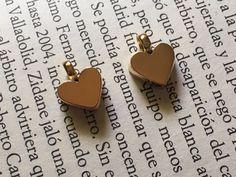 Dije micro corazón tipo acartonado en chapa 24k, excelente calidad precio Mayoreo $ 38,00 precio Menudeo $ 45,00 .