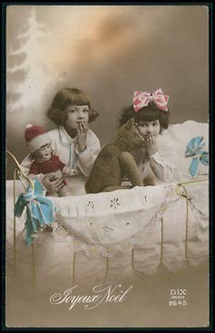 Edwardian-Child-Girl-Teddy-Bear-Toy-DOLL-original-vintage-1920s-photo-postcard