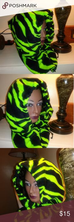Hood by Hooded Lizard Green and black and soft and warm HoodedLizard Jackets & Coats Capes