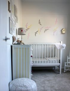 Discover best baby room ideas here, we have 20 outstanding photos of baby rooms for boy, girl and twin to help you finding best nursery room ever! Bird Nursery, White Nursery, Nursery Room, Kids Room Design, Baby Design, Dcor Design, Baby Boy Rooms, Kid Rooms, Nursery Inspiration