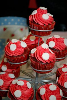 toadstool cupcakes for woodland party idea