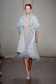 Donna Karan at New York Fashion Week Spring 2013 - Runway Photos