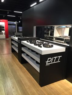 PITT cooking on display at Winning Appliances Indooroopilly   Unit 1, 272 Moggill Road, Indooroopilly, 4068, QLD -                     07 3864 0000