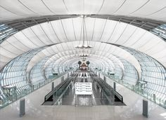 Gallery - Passenger Terminal Complex Suvarnabhumi Airport / Jahn - 1