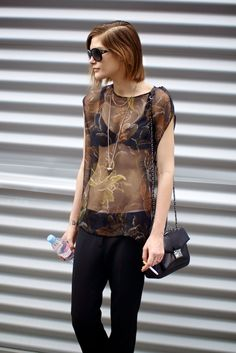 ughhh she's so cool and so stunning. #CatherineMcNeil #offduty in Paris.