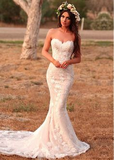 Attractive Tulle & Lace Sweetheart Neckline Mermaid Wedding Dresses With Beadings & Lace Appliques Mermaid Sexy Deep V-back Wedding Dress.The professional tailors from wedding dress Top Wedding Dresses, Sweetheart Wedding Dress, Bridal Dresses, Mermaid Sweetheart, Lace Mermaid Wedding Dress, Champagne Lace Wedding Dress, Tulle Wedding, Wedding Dress Trumpet, Gown Wedding