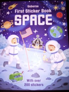 La drum cu Apolodor: First Sticker Book: Space - Editura Usborne