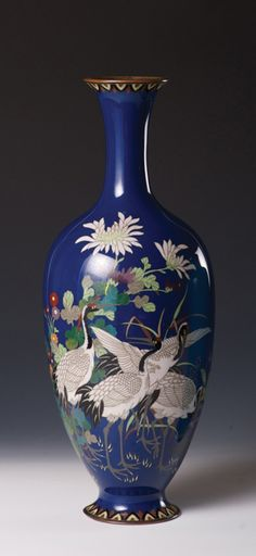 A blue cloisonné vase -  Meiji period, late 19th century. Height 30.5 cm.  Asia