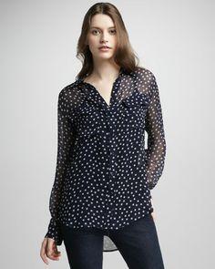 Star-Print Silk Blouse by Equipment at Neiman Marcus - tähtipusero tummansininen silkkiä $130