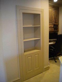 hidden closet door/ I want a hidden space