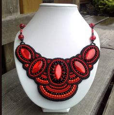 Beautiful necklaces by Claudia Reitbauer | Beads Magic#more-4498