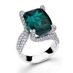 Simon G Shimmer Collection - This charming 18K white ring features a 9.27ct natural Green Tourmaline with 1.60ctw round white Diamonds. - MR1478