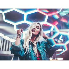 "67.1k Likes, 591 Comments - Brandon Woelfel (@brandonwoelfel) on Instagram: ""The colors in your head @laurdiy ✨"""