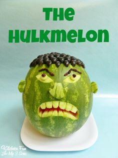 Here is something for the boys! You can make the Hulk out of a watermelon! Kitchen Fun With My 3 Sons shows us how to create the green monster using a watermelon, dark grapes and raisins. Incredible Hulk Party, Hulk Birthday, 4th Birthday, Birthday Parties, Avengers Birthday, Themed Parties, Nashville Chicken, National Watermelon Day, Watermelon Carving
