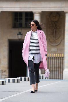 Stella Asteria Fashion & Lifestyle Blogger wearing pink Chanel bag and pink coat at Palais Royal