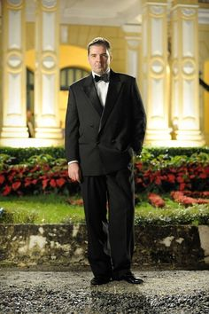 Mr. BATES aka Brendan Coyle