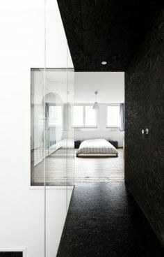 Visions of the Future // House – Fiat Lux – Label Architecture - Black Painted OSB Black And White Interior, White Interior Design, Interior Design Inspiration, Black White, Monochrome Interior, Modern Interior, Arch Interior, Interior Exterior, Architecture Details