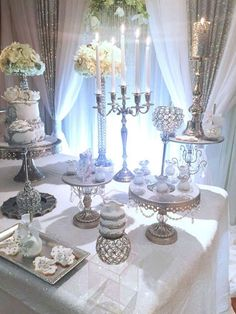 Great 60+ Amazing White Party Theme Ideas For Amazing Party  https://oosile.com/60-amazing-white-party-theme-ideas-for-amazing-party-5755