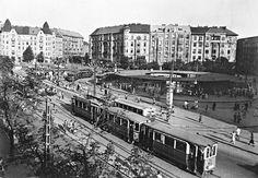 Móricz Zsigmond körtér Old Pictures, Old Photos, Light Rail, Bucharest, Budapest Hungary, Homeland, Historical Photos, Paris Skyline, Arch