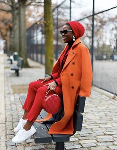 4 Quick and Easy Protective Styles for Winter - knit beanie (protective styles for winter) Informations About 4 Quick and Easy Protective Styles for - Bold Fashion, Colorful Fashion, Autumn Fashion, Red Pantsuit, Beret Outfit, Formal Chic, Markova, Neutral Outfit, Edgy Style
