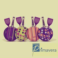 """Frigideiras coloridas para dar um """"ar novo"""" e agradavel em sua cozinha!! Venha para as lojas da Distribuidora Primavera e Compre já a sua!!  http://www.distribuidoraprimavera.com.br/"""