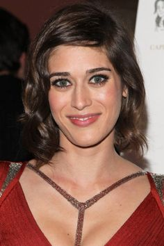 Lizzy Caplan for grow-out