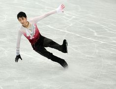 Yuzuru Hanyu of Japan performs during the mens free skating in the NHK Trophy, the last leg of the six-stage ISU figure skating Grand Prix series, in Rifu, northern Japan, on November 24, 2012. Sevetenn years old Hanyu won the gold medal in the competition.