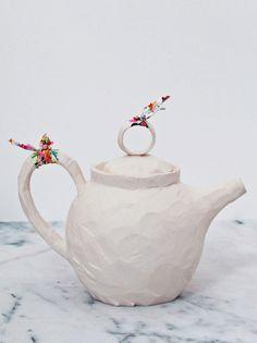 SMALL TEAPOT BR20 - anna westerlund handmade ceramics