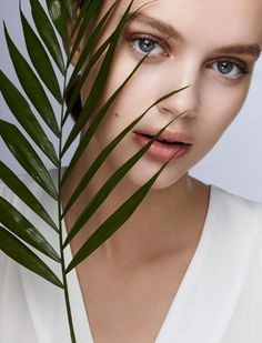 Everything You Need to Know About 'Natural' Skincare & Makeup #RueNow