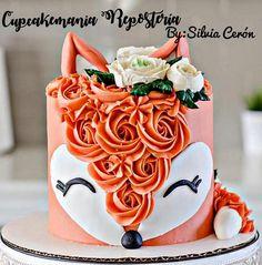 Cake Fox Girl  Agenda tus pedidos vía WhatsApp 3003782099  #cake#pastry#cakebogotá#cupcakes #tortas#Browni... Beautiful Cakes, Amazing Cakes, No Bake Desserts, Dessert Recipes, Fox Cake, Amelia Jane, Cupcake Cakes, Cupcakes, Cute Birthday Cakes