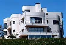 Decopix - The Art Deco Architecture Site - Art Deco & Streamline Moderne… Bauhaus Architecture, Futuristic Architecture, Architecture Design, Unusual Buildings, Art Deco Buildings, Butler House, Site Art, Design Industrial, Streamline Moderne