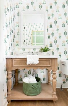 Certain Home Tours come along where you scroll through the images, and you can just imagine yourself there - this Lakeville, Minnesota farmhouse does just that. Designed by Bria Hammel Interiors and f. Chic Bathrooms, Better Bathrooms, Modern Farmhouse, Farmhouse Design, Farmhouse Style, Newport, Custom Homes, Wall Decor, Bath