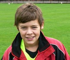 Another rare picture of Harry when he was 13! He's adorable!!