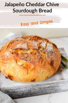 Delicious Jalapeño Cheddar Chive Sourdough Bread made with pickled Jalapeno, sharp cheddar and garlic chives. Sourdough Starter Discard Recipe, Sourdough Recipes, Bread Recipes, Cooking Recipes, Starter Recipes, Pain Au Levain, Jalapeno Cheddar, Fermented Foods, Artisan Bread