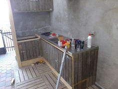 Køkkenet designes og bygges