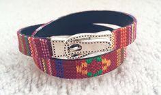 Designed with a peruvian-type leather and a magnet finding with a buckle shape.  ----------------------------------------------- Diseño hecho a partir de cuero con diseño peruano y un cierre magnético con forma de hebilla   $8/8€