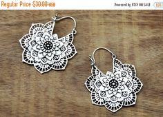 Hey, I found this really awesome Etsy listing at https://www.etsy.com/uk/listing/259697625/black-friday-mandala-flower-earrings