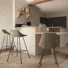 decovry.com+-+Lyon+Beton+|+Gesofistikeerde+betonnen+stoelen