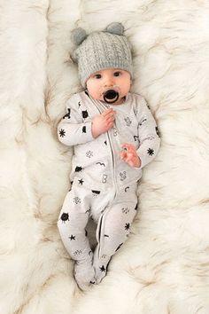 Enxoval: Saiba qual a melhor roupa para usar no recém nascido!3