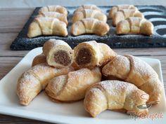Czech Recipes, Almond Cakes, Pretzel Bites, Cake Cookies, Bagel, Food To Make, Breakfast Recipes, Deserts, Brunch