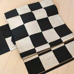 Black and white checked obi
