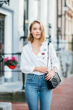 19.09.2016 I #missconfidential #fashionblog #fashionblogger #fashion #beauty #lifestyle #look #ootd I http://www.miss-confidential.com/19-09-2016-white-blouse-amsterdam/