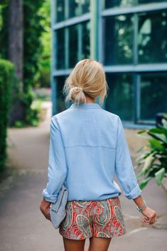 Paisley & chambray summer outfit via Prepaganda/ Lilly & Leopard