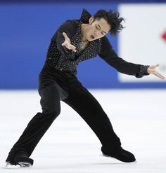 フィギュアスケートの全日本選手権、男子フリーの高橋大輔(関大大学院)。迫真の演技だったが、ショートプログラム(SP)4…