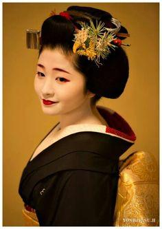 Satsuki (now geiko) of Gion Kobu
