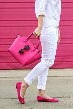 When you're fond of Fuchsia, like @littleblackblog, this Satchel is the perfect bag.